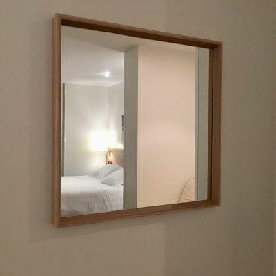 hotel_valdecoro_espejo_habitacion