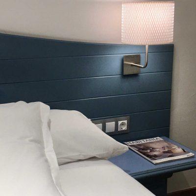 hotel_valdecoro_mesilla_habitacion_1